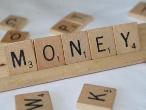 Inilah Kelebihan & Kelemahan E-money Yang Belum Pernah Anda Ketahui